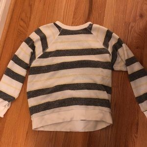 Urban Outfitters Sweater Size Medium